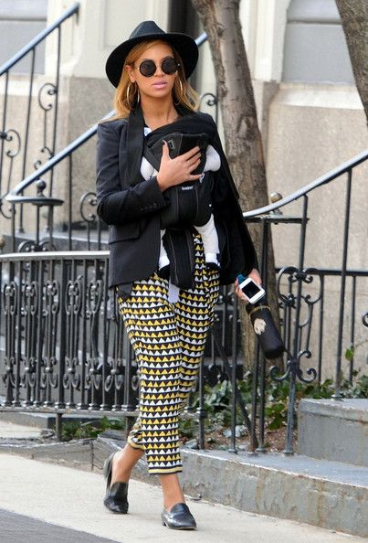 beyonce-knowles-and-easton-pearson-syriam-flag-print-silk-crepe-pants-gallery