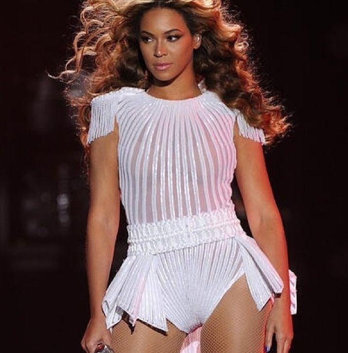 beyonce-world-tour-costume-h724