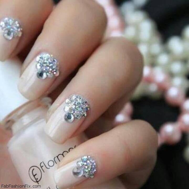 glitter nails2