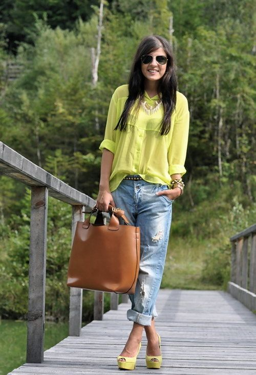 Style Watch Spring street style inspirations with boyfriend jeans. - Fab Fashion Fix
