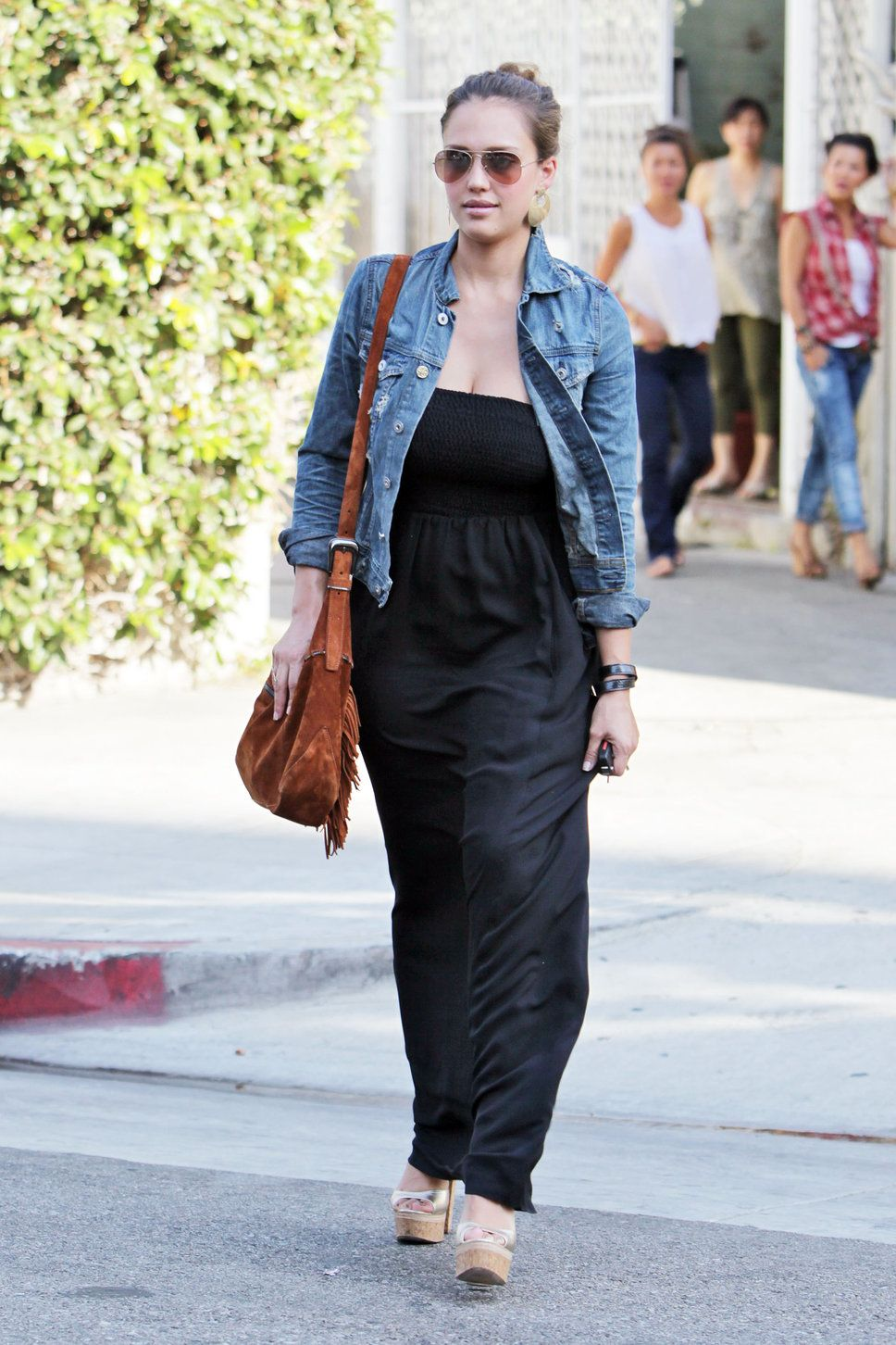 Style Watch: Celebrity looks with denim jacket | Fab Fashion Fix