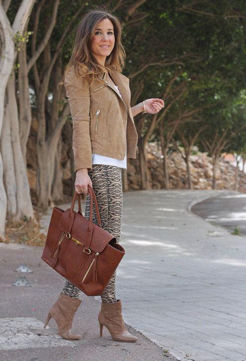 mango-chaquetas-stradivarius-pantalones~look-main