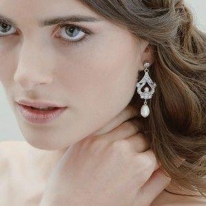 pearl-earrings-style
