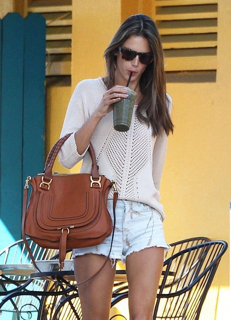 Alessandra+Ambrosio+Busy+Day+Santa+Monica+EuAocNjmCC9x