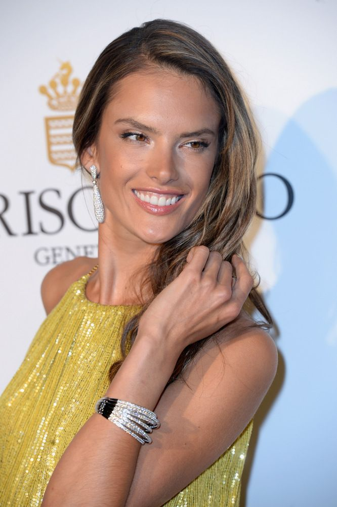 Alessandra Ambrosio Cocktail Reception at the Grisogono Party-002