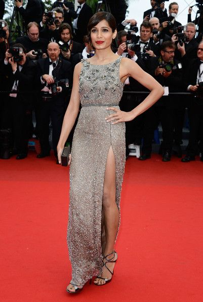 Freida+Pinto+Jeune+Jolie+Premieres+Cannes+CnnVIzylnuyl