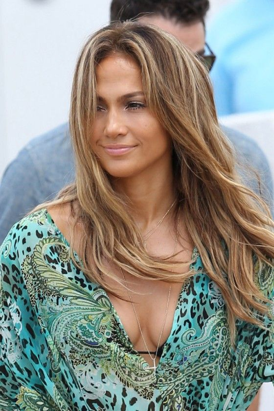 Jennifer-Lopez---Films-a-Music-Video--14-560x840