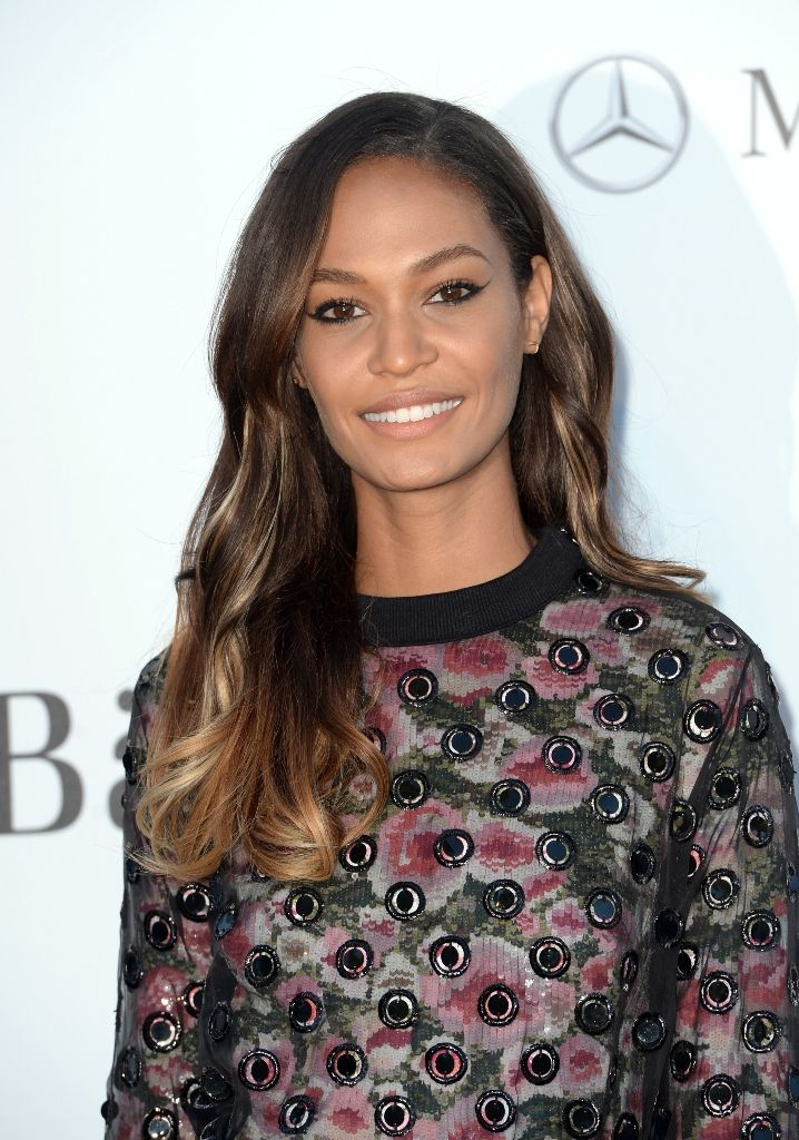 Joan_Smalls_attends_amfAR_s_20th_Annual_Cinema_Against_AIDS_in_Cap_d_Antibes_23.5.2013_04