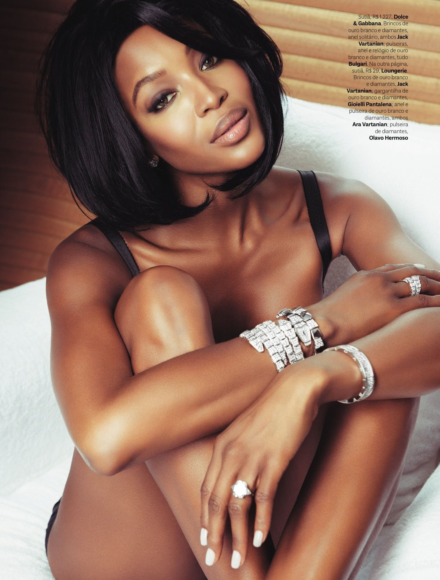 Naomi Campbell Vogue Brazil May 2013_24