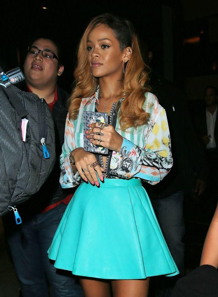 Rihanna leaving Da Silvano restaurant in NYC 8.5.2013_49