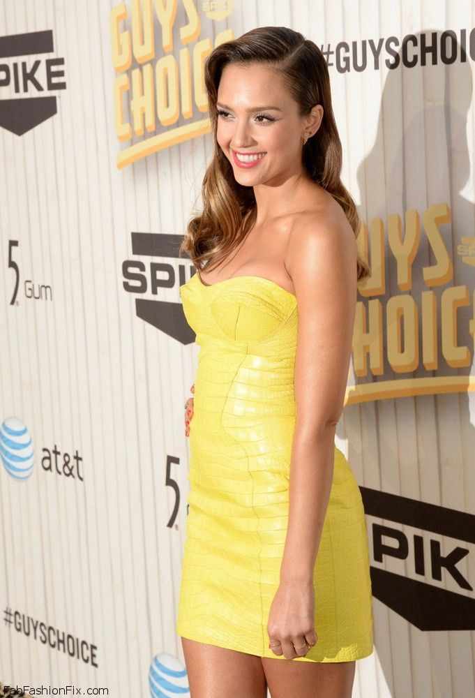 Jessica Alba Spike TV Guys Choice Awards 2013-001