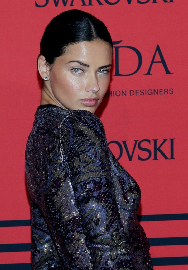 celebrity-paradise.com-The Elder-Adriana Lima _18_