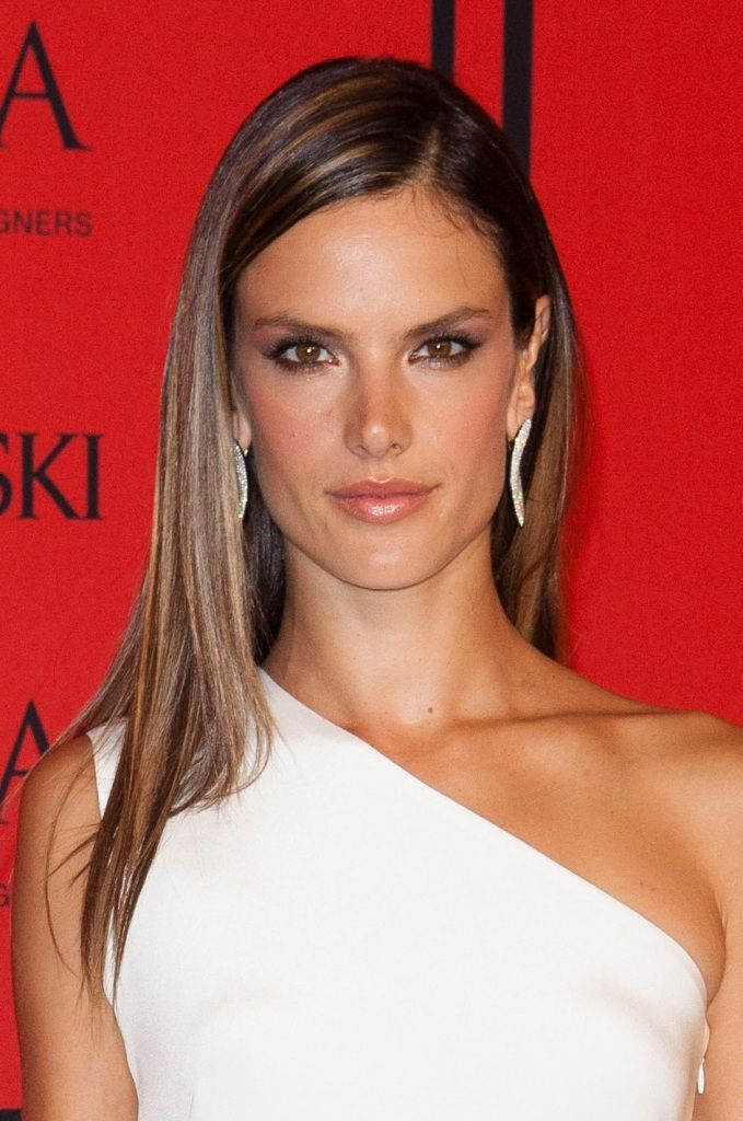 celebrity-paradise.com-The Elder- Alessandra Ambrosio_6_