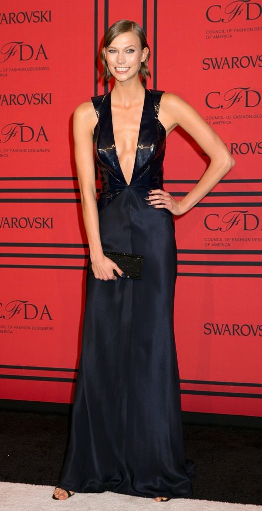 celebrity-paradise.com-The Elder-Karlie Kloss _45_
