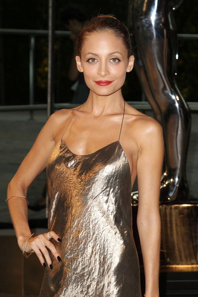 celebrity-paradise.com-The Elder- Nicole Richie_16_