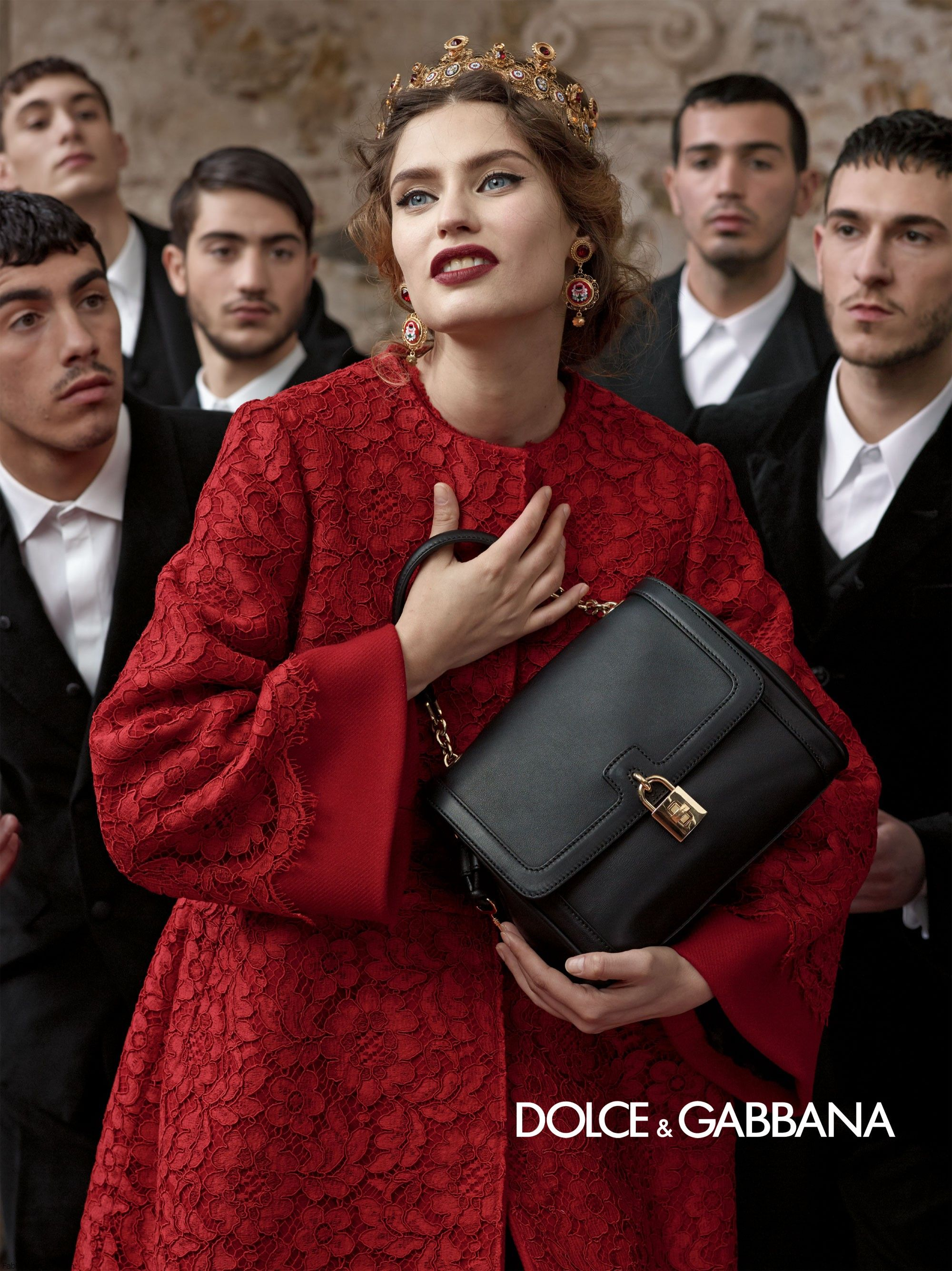 dolce-and-gabbana-fw-2014-women-adv-campaign-13