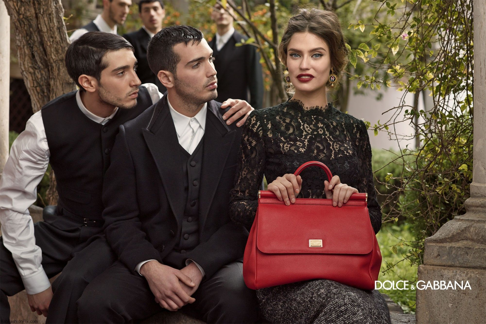 dolce-and-gabbana-fw-2014-women-adv-campaign-16
