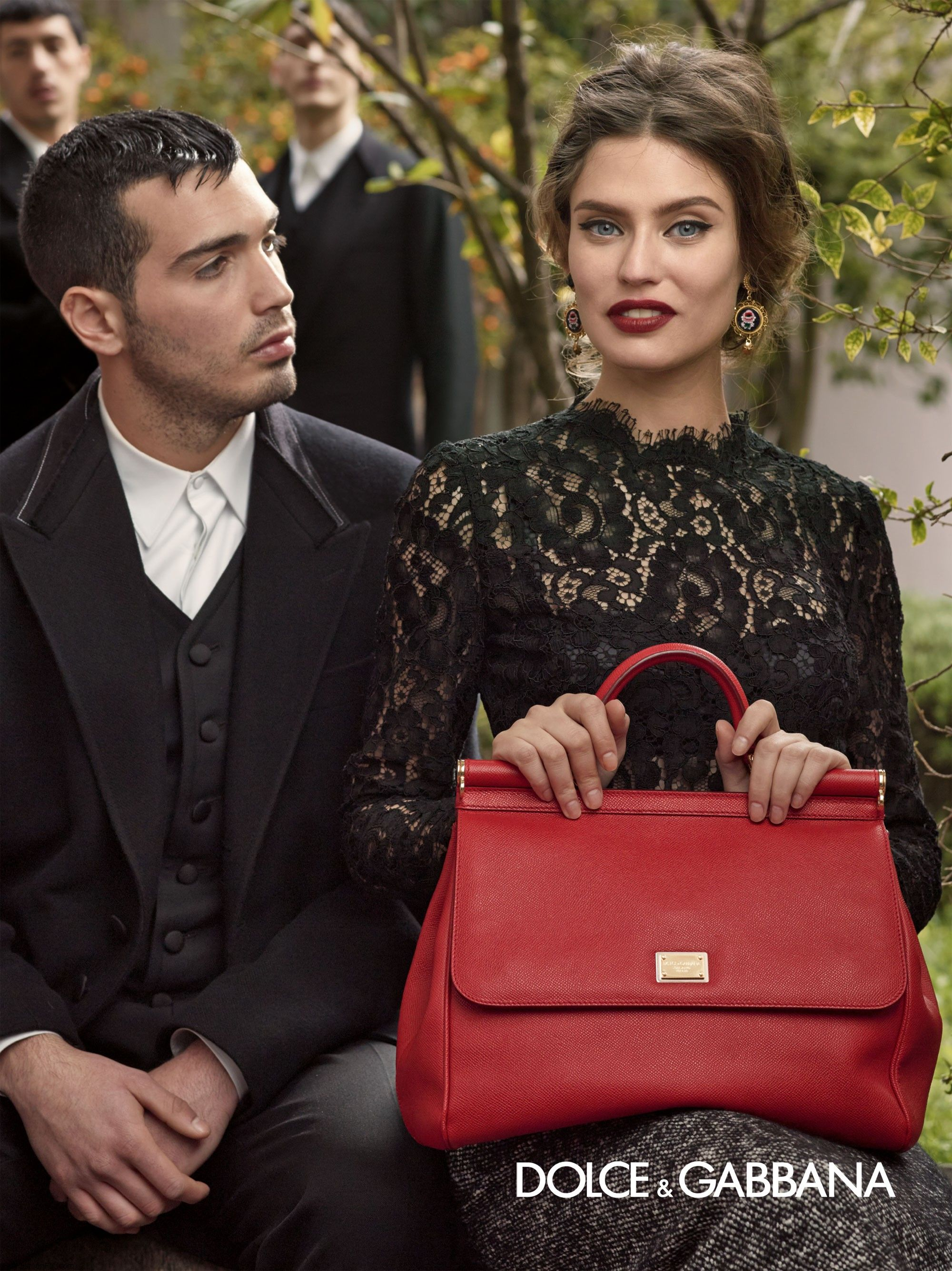 dolce-and-gabbana-fw-2014-women-adv-campaign-17