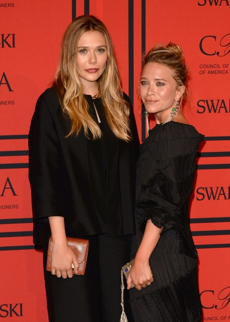 elizabeth-mary-kate-olsen-cfda-fashion-awards-2013-03