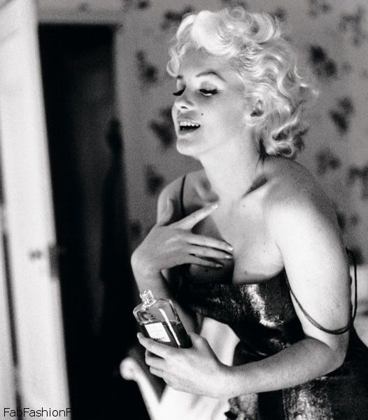 CHANEL-No-5-marilyn