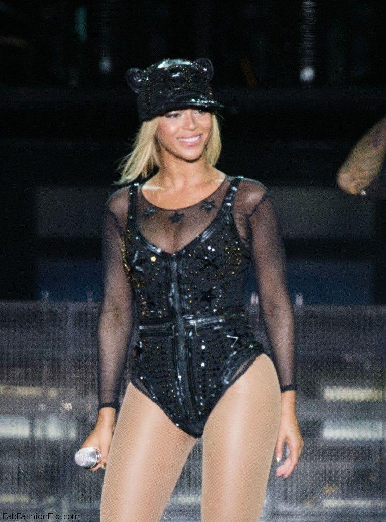 Beyonce_20130817_VFestival_013
