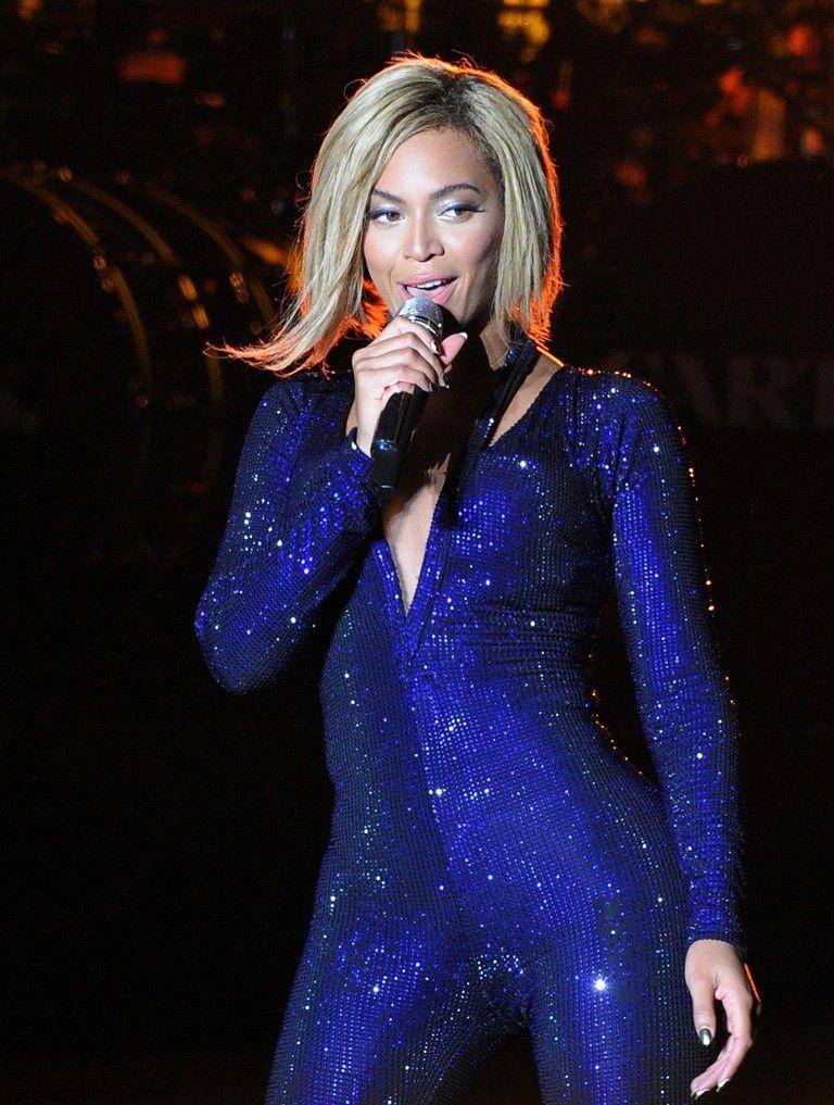 Beyonce_20130817_VFestival_062