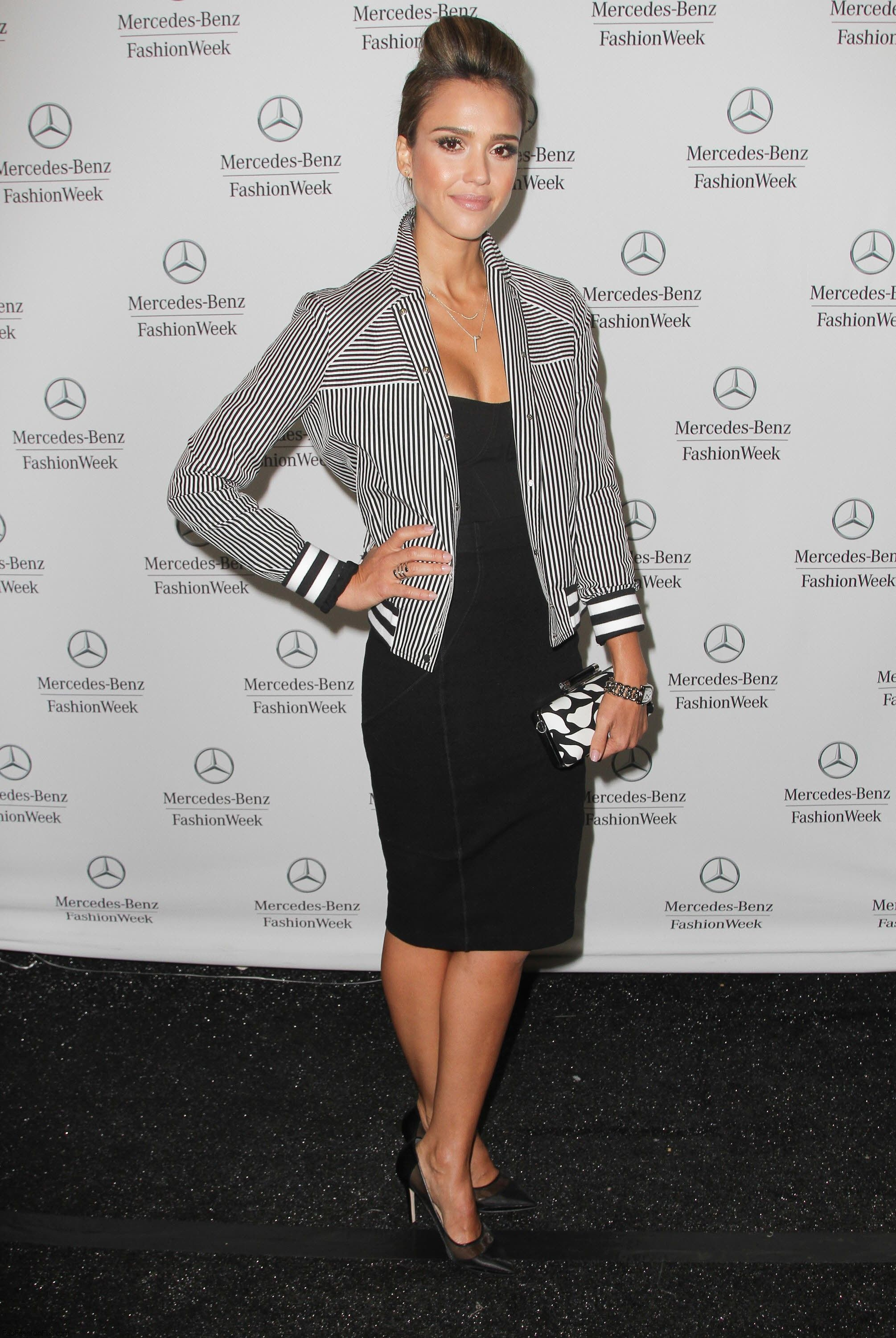Style Watch Jessica Alba S Style During New York Fashion