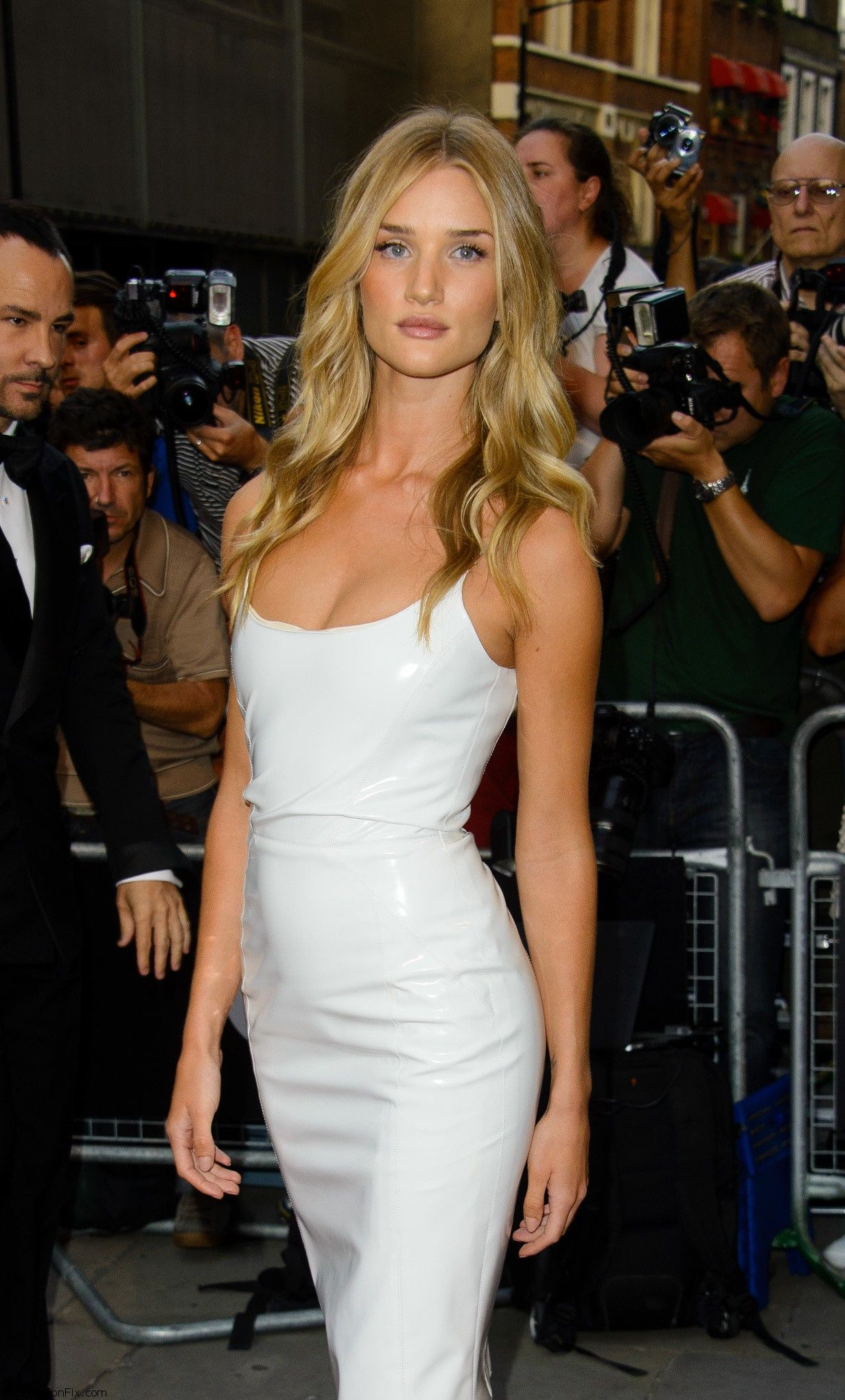 celebrity-paradise.com-The Elder-Rosie Huntington-Whiteley _10_