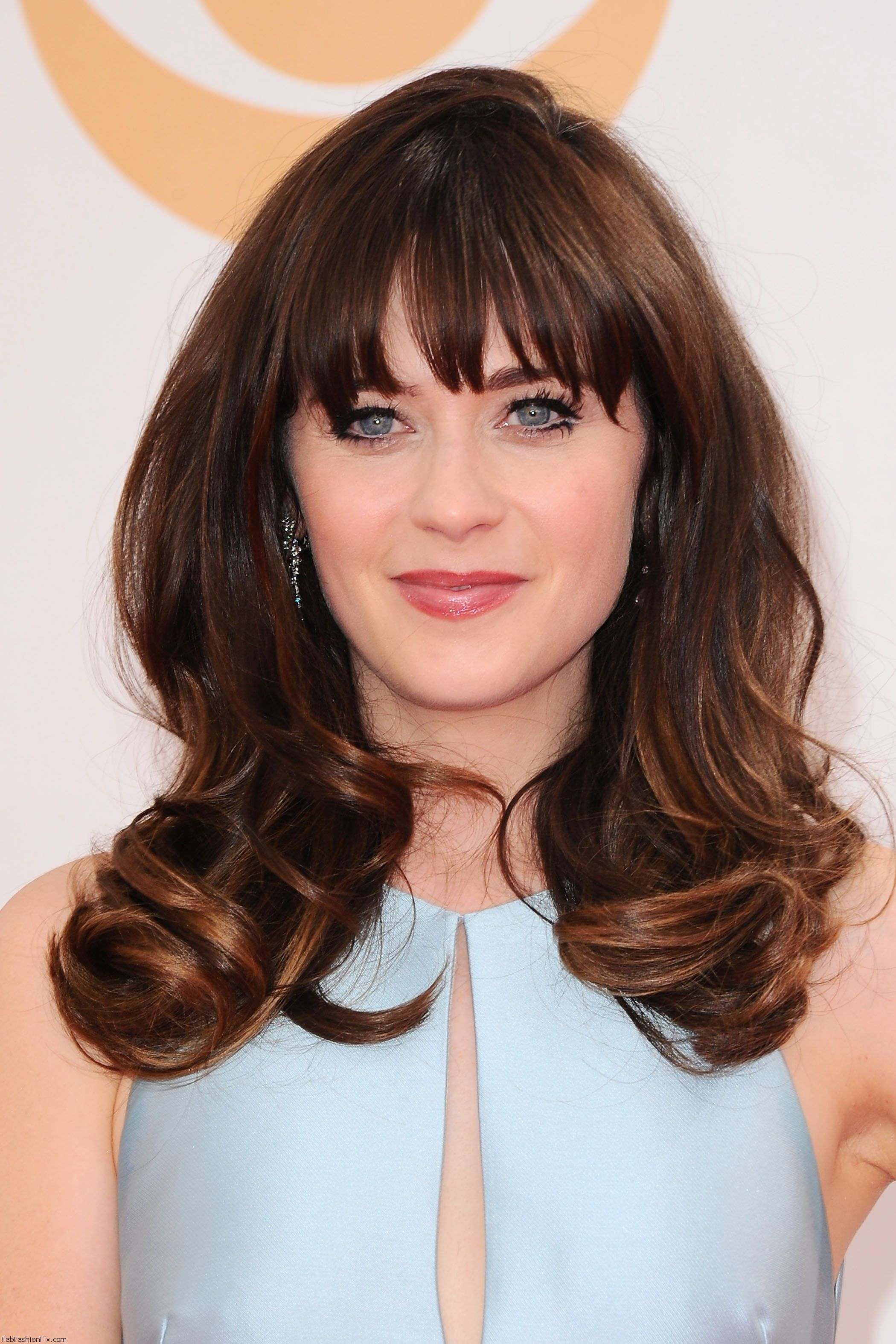 celebrity-paradise.com-The Elder-zooey _11_