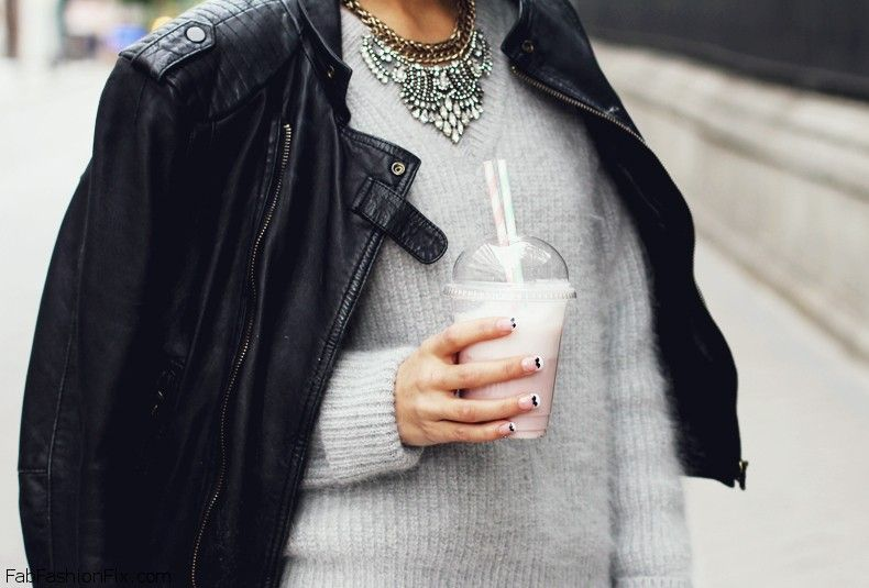 Black_Jeans-Angora_Grey_Sweater-Outfit-Street_Style-29
