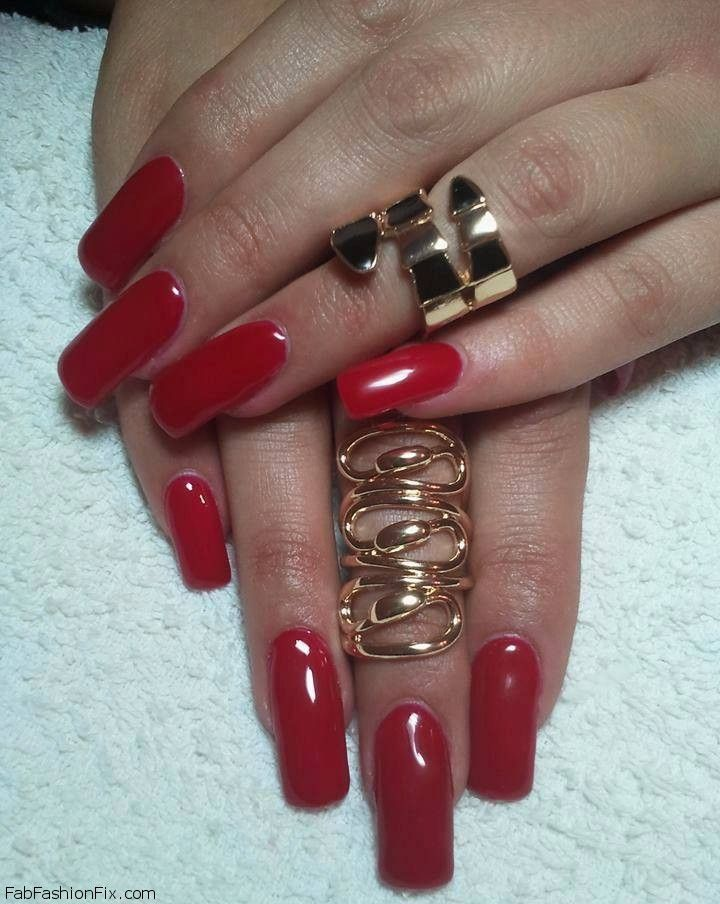 red nails1