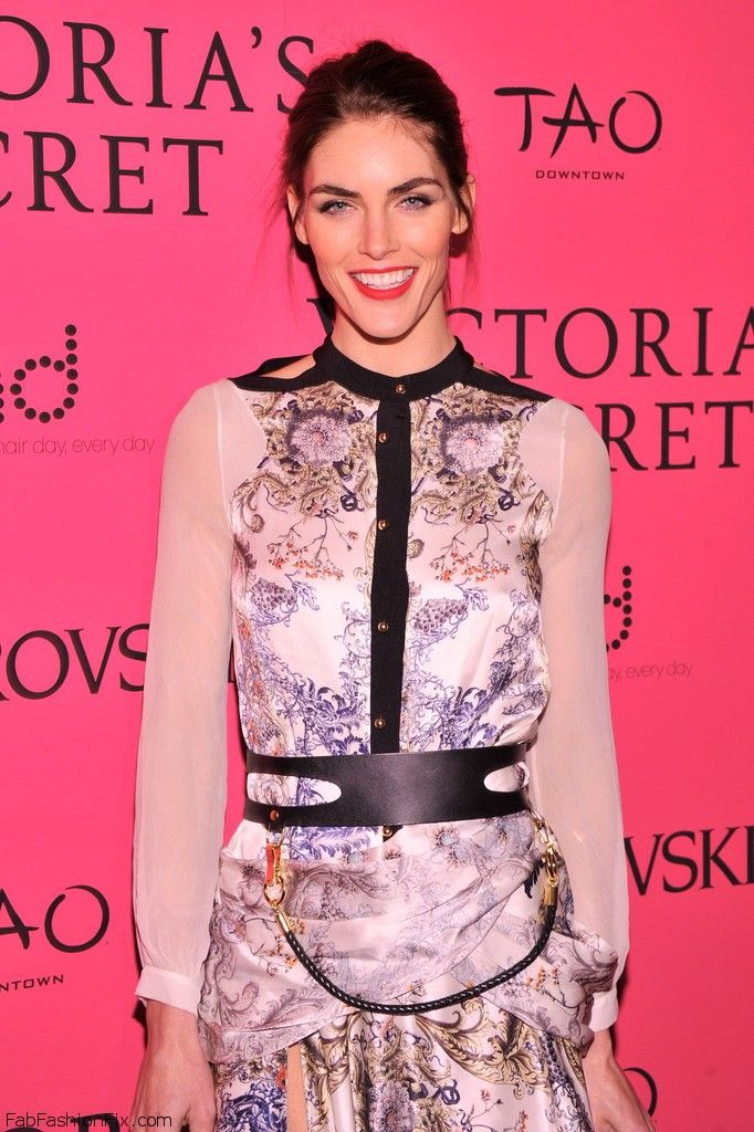 Hilary_Rhoda_2013_Victoria_Secret_Fashion_E7zhLjgzIrfx