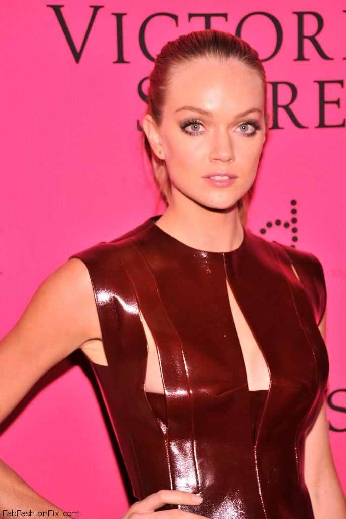 Lindsay+Ellingson+2013+Victoria+Secret+Fashion+zIzfAsO7edGx