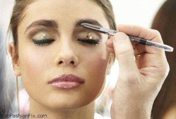 How To Shape Eyebrows With Eyebrow Kit Fab Fashion Fix
