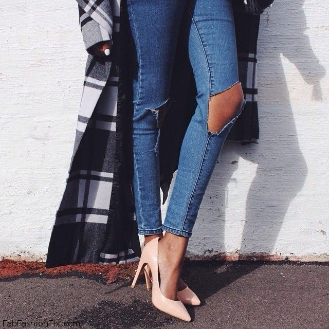 Style Guide: How to wear ripped jeans this autumn? | Fab Fashion Fix