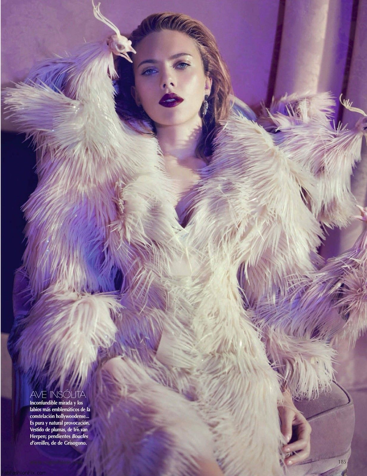 fashion_scans_remastered-scarlett_johansson-vogue_mexico-december_2013-scanned_by_vampirehorde-hq-3