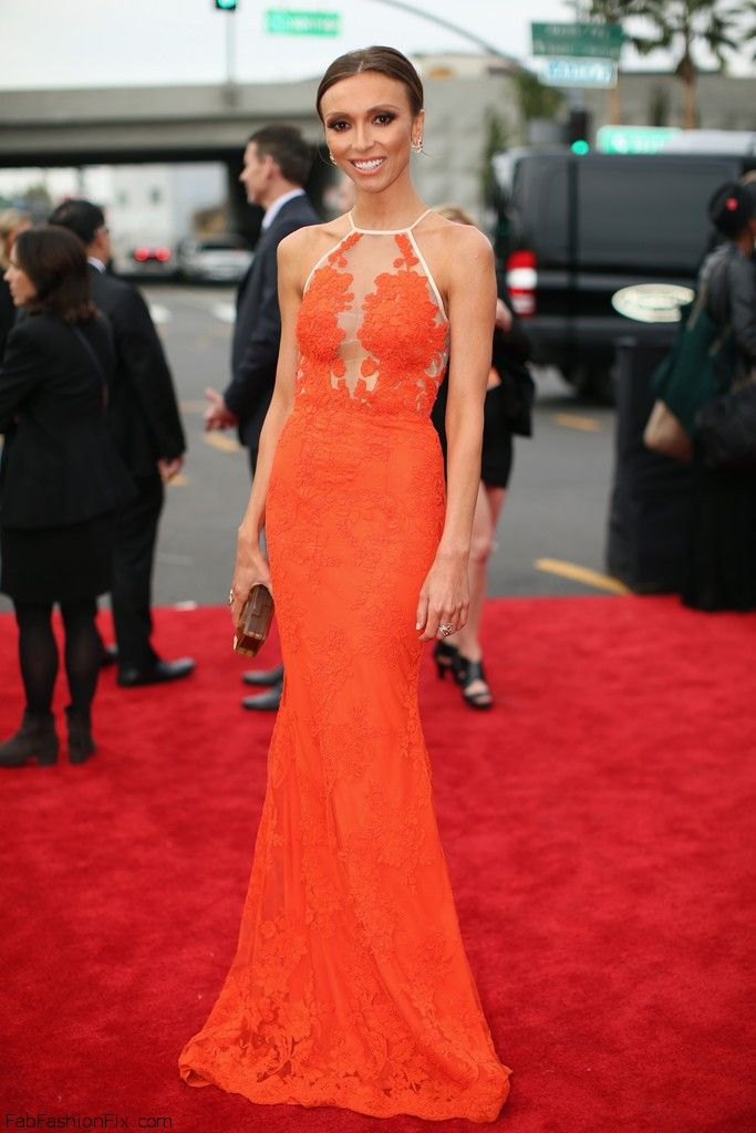 Giuliana+Rancic+56th+GRAMMY+Awards+Red+Carpet+RdOiGu8Ik9Sx
