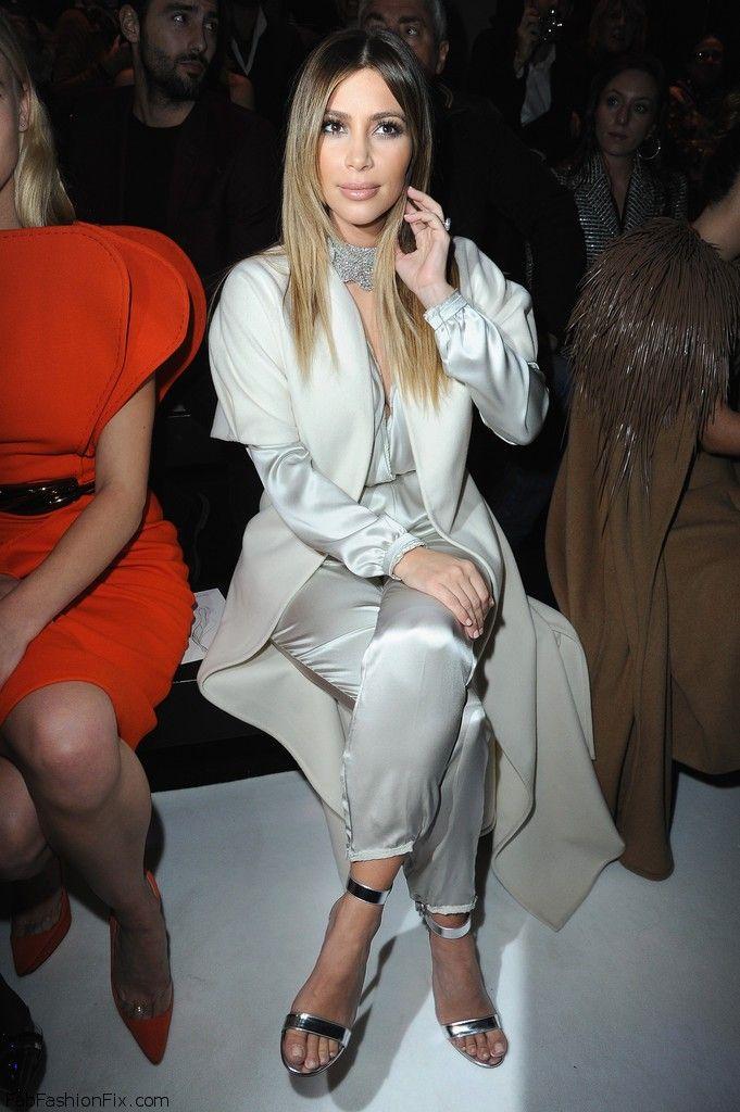 Kim+Kardashian+Stephane+Rolland+Front+Row+7fTPwGqR-b_x