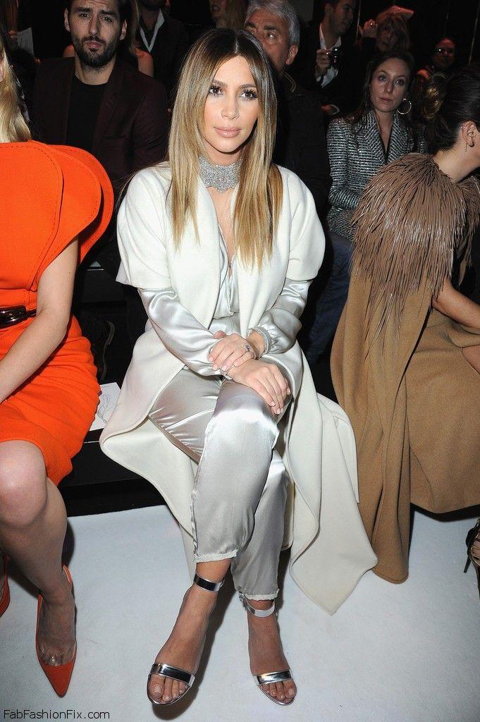 Kim+Kardashian+Stephane+Rolland+Front+Row+ykaCO7tcYArx