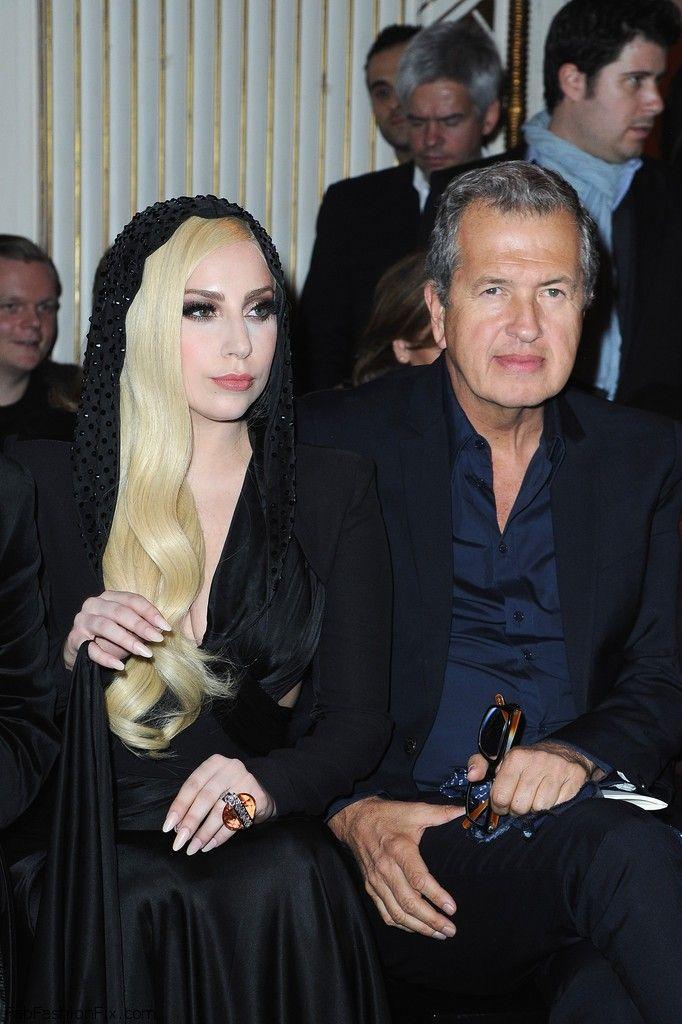 Lady+Gaga+Atelier+Versace+Front+Row+Paris+O5bO2jpRJUMx
