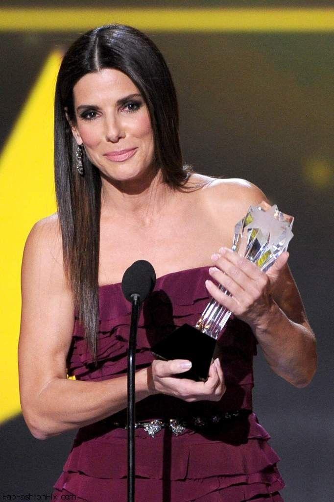Sandra Bullock 19th Annual Critics Choice Movie Awards at Barker Hangar in Santa Monica 011
