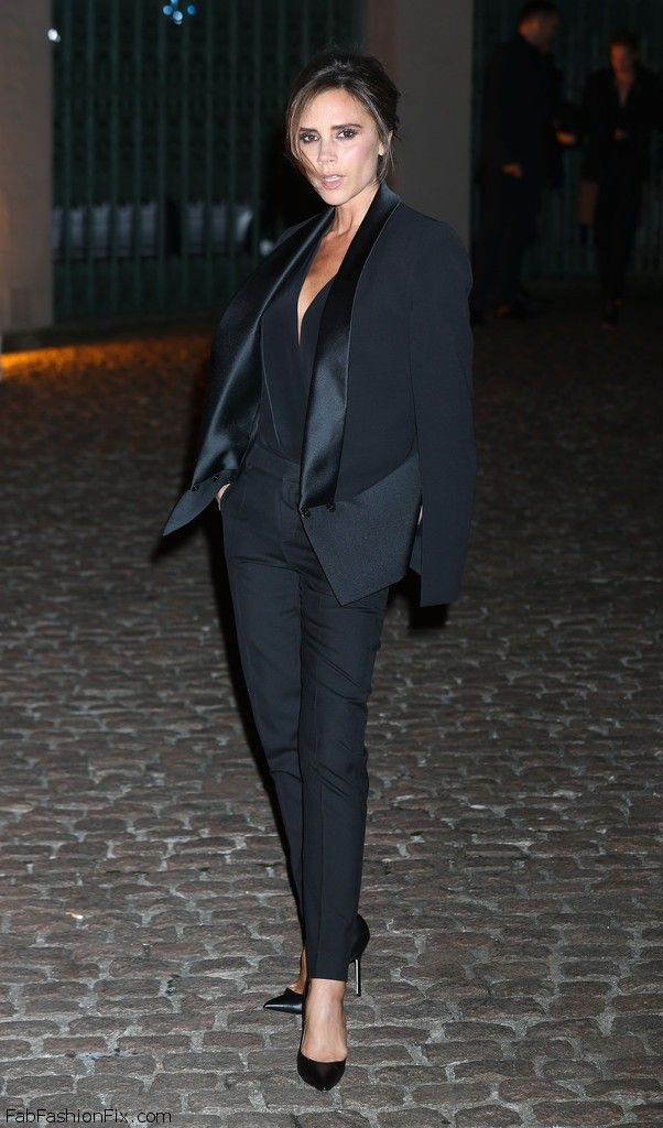 Victoria+Beckham+Suits+Tuxedo+vPC82zsorGVx