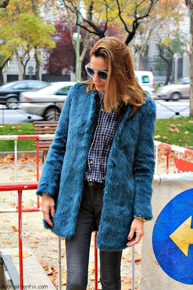 abrigo-de-pelo-azul-camisa-a-cuadros-y-pitillo-otoño-2012-~look-main-single