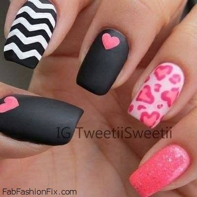Valentine's Day nails and nail art inspirations