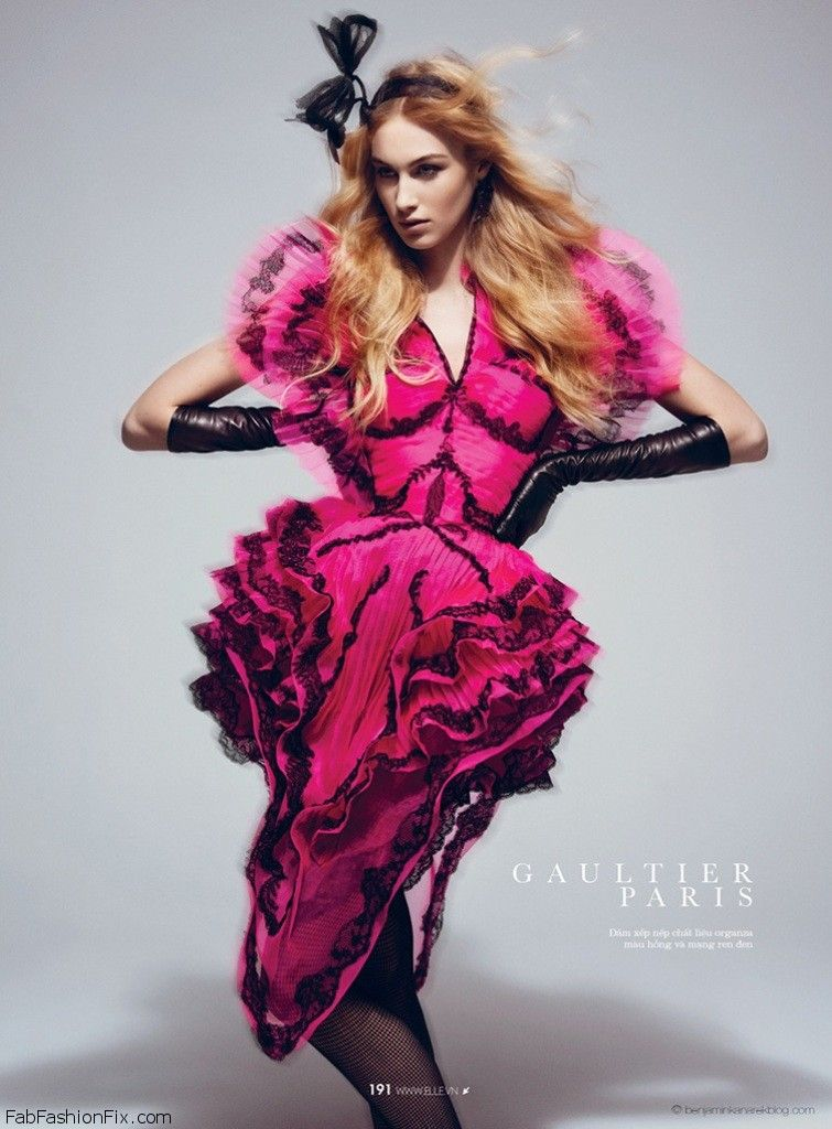 Dauphine-McKee-Benjamin-Kanarek-Art-Haute-Couture-ELLE-Vietnam-April-2014-12