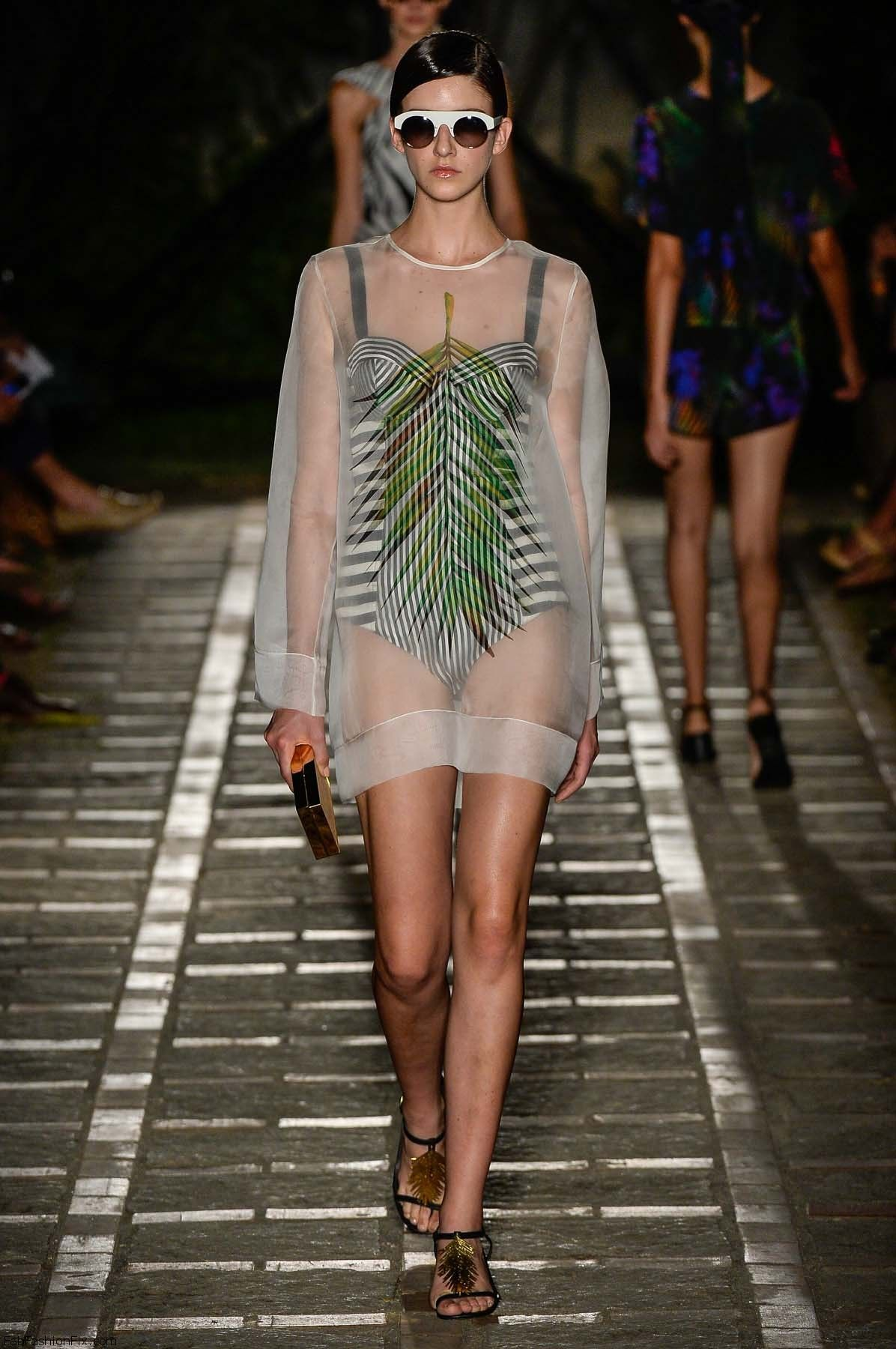 desfile-osklen-praia-fashion-rio-verao2015-127