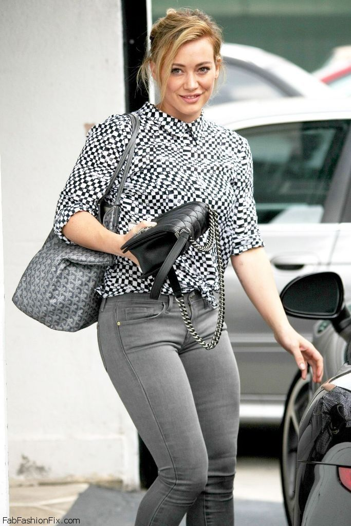 hilary-duff-in-jeans-at-mac-cosmetics-in-west-hollywood-july-2014_18