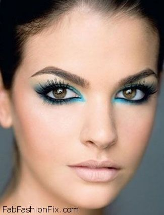 How to wear turquoise eyeliner for summer makeup routine? | Fab ...