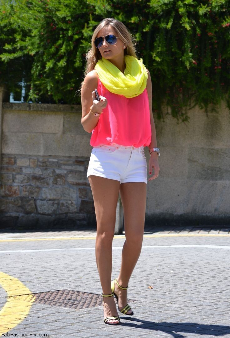 Style Guide How To Style And Wear White Shorts This