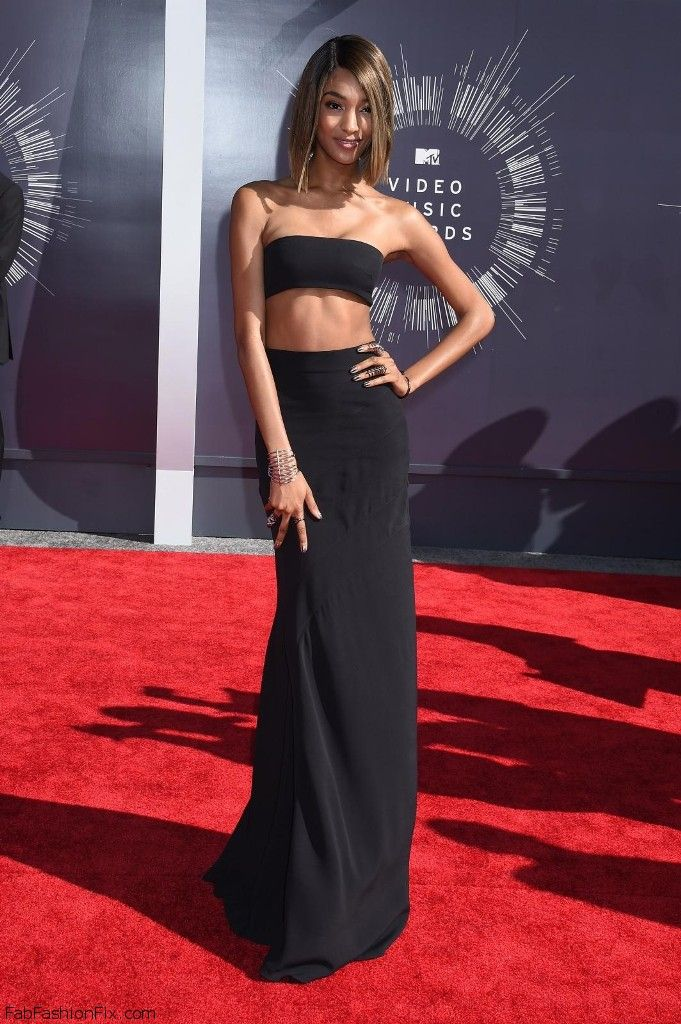 Jourdan Dunn arrives at the 2014 MTV Music Video Awards in Inglewood 24.8.2014